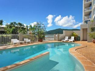 at Whitsunday Vista Resort Isole Whitsunday - Piscina