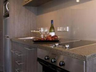 Bianco off Queen - Serviced Apartments Auckland - Kitchen