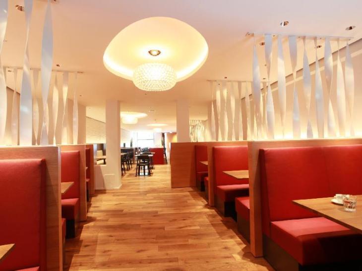 Kreuz Bern Modern City Hotel. photo 3