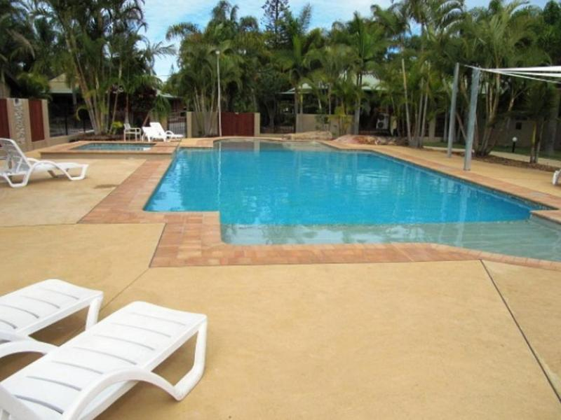 blue dolphin holiday resort yamba australia. Black Bedroom Furniture Sets. Home Design Ideas