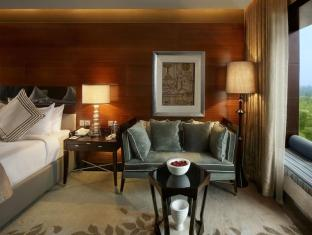 The Leela Ambience Gurgaon Hotel & Residences New Delhi and NCR - Premier Room
