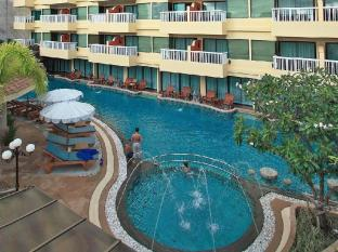 Palmyra Patong Resort Phuket - Swimming Pool