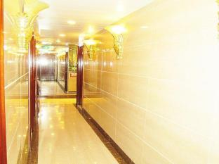 Lucky Hostel - Las Vegas Group Hostels HK Hong Kong - Corridor