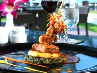 Piraya Resort & Spa Phuket - Restoran