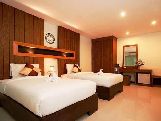 โรงแรมดีว่า สวีท ป่าตอง