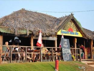 360° Beach Retreat North Goa - Restaurant