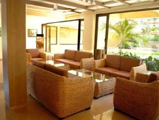 Sandalwood Hotel & Retreat Kuzey Goa - Lobi