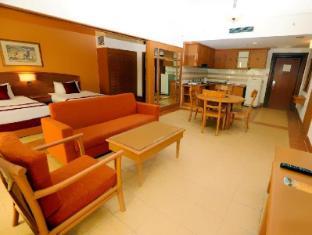 M Suites Hotel Johor Bahru - 2 Bedroom Suites Living Room
