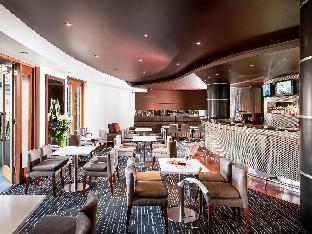 Quay West Suites Melbourne4