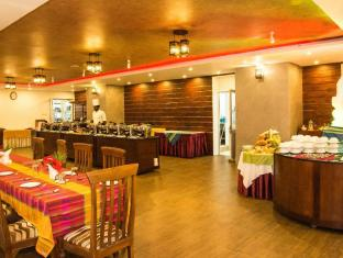 Paradise Beach Hotel Negombo - Restaurant