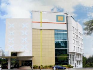 Hotel Trinity Isle - Bangalore