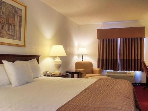 Quality Inn Kentucky Images And Reviews Choice Hotels Murray