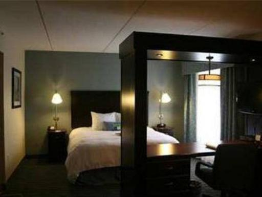 ➦  Hilton Worldwide    (New York) customer rating
