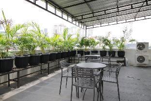 Jalan Kebon Kacang 29, RT 008/04 No.8 Jakarta 10230 Tanah Abang