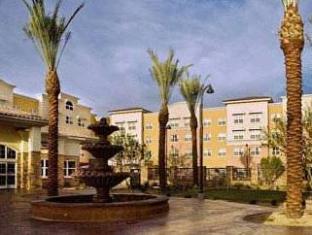 trivago SpringHill Suites Phoenix Glendale Sports