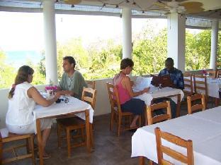 booking.com Rhodes Resort Jamaica