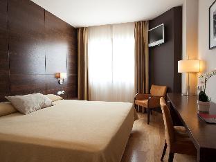FC比利亞爾瓦酒店