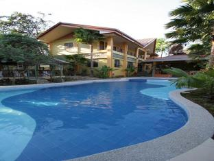 Darayonan Lodge Coron - Swimming Pool