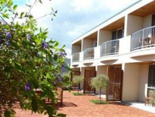 Best guest rating in Raglan ➦ Scotts Place takes PayPal