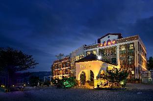 Jinsa Lakeside View Resort