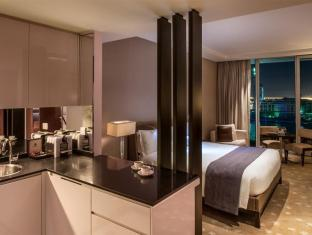 Intercontinental Residence Suite Dubai Festival City Dubai - Kind Bed Studio