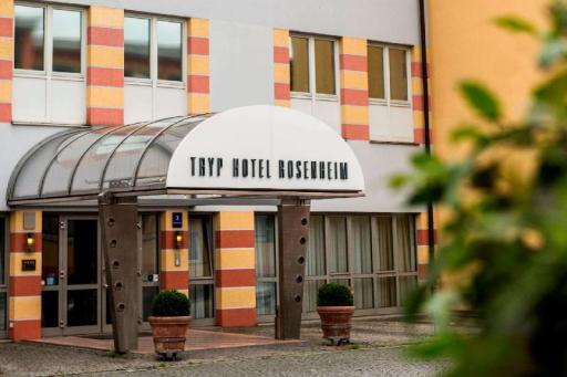 Wyndham Hotels and Resorts Hotel in ➦ Rosenheim ➦ accepts PayPal