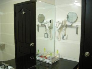 Cardamom Hotel & Apartment Phnom Penh - Bathroom