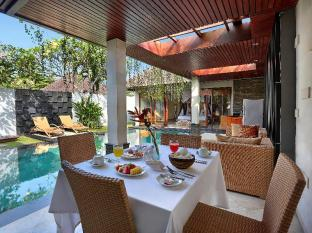 Kunti Villas Bali - Food and Beverages