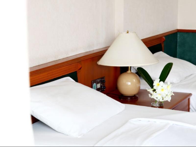 โรงแรมโคราช รีสอร์ท