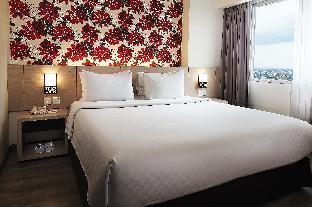 Solo Paragon Hotel & Residences