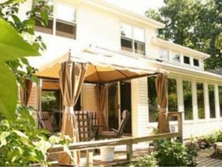 6 Oak Haven Hotel Niagara On The Lake (ON) - Exterior
