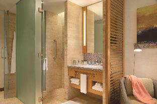 Front view of JEN Singapore Orchardgateway by Shangri-La (SG Clean Certified)