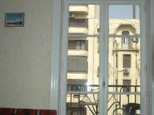 Travelers House Hotel Cairo - Balcony/Terrace