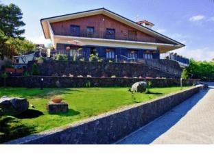 Etna Hut