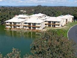 Lakeside Apartments River Resort Villas