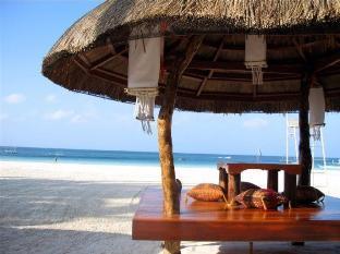 Sur Beach Resort