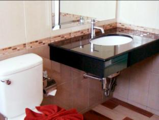 Grand Residence Jomtien Pattaya - Bathroom