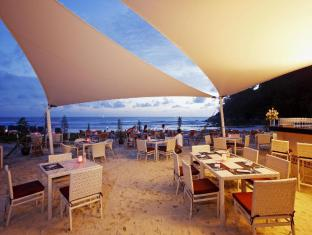 Centara Grand Beach Resort Phuket Puketas - Restoranas