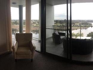 Swan Riverside Luxury Apartment Perth - view from lounge to balcony