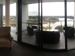 Swan Riverside Luxury Apartment Perth - view