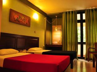 The Sovereign Corporate Hotel Colombo - Bedroom