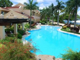 Vista Mar Beach Resort & Country Club Mactan Island - Yüzme havuzu