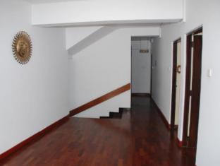 Hotel Casamara Kandy - Floor lobby