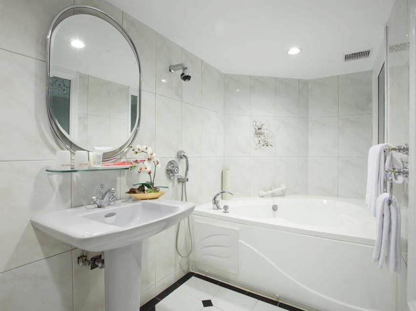 Taiwan Hotel Accommodation Cheap | Bathroom