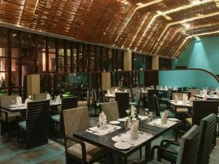 The Golden Crown Hotel South Goa - Restaurant
