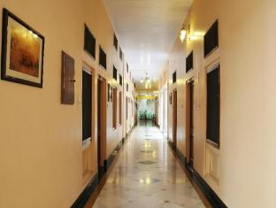Hotel Arya Niwas Jaipur - Corridor Ground Floor