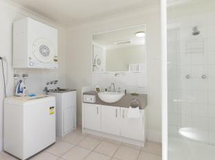 Parkview Apartments Brisbane - Bathroom