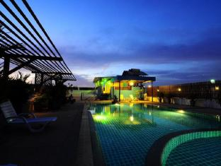 Tuana YK Patong Resort Hotel Phuket - Swimming pool