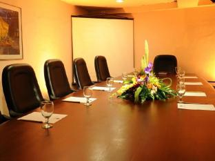 Casa Leticia Boutique Hotel Davao City - Katrina Board Room