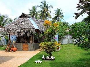 Alumbung Tropical Living Bohol - Inngang